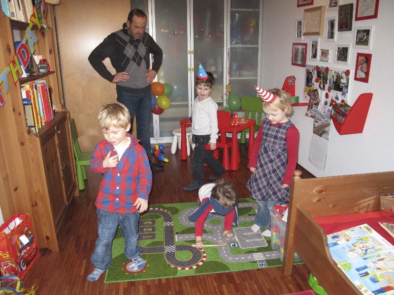 2012-01_nikolai-kindergeburtstag-08